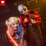 """Deadsuit"" (Deadshot) and Harley Quinn coplay at Oz Comic-Con Sydney 2016"